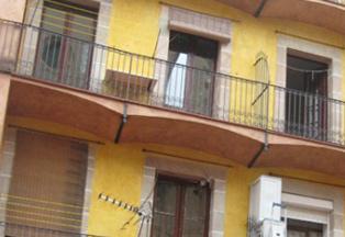 Rehabilitación de fachada de edificio en L'Eixample de Barcelona